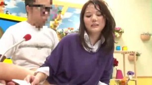 Bukkake News Japanese woman Taryn gets a lot of sperm on face