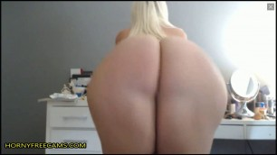 Blonde Babe Had Some Huge Clapping Ass
