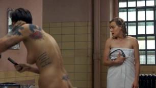 Ruby Rose nude in lesbian scene - Orange Is the New Black s03e09 (2015)