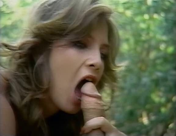 Traci Lords good sex - What Gets Me Hot, tondense