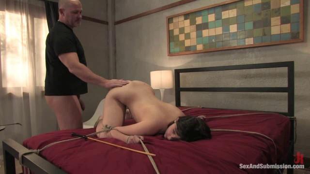 Brooke Lee Adams Sex