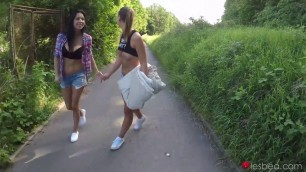 Lesbea - Best Friends Eat Pussy On A Sunny Day Foxxi Black And Naomi Bennet