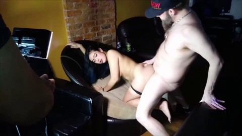 Vivian Lang's Gangbang behind the scenes with Bonus cumshots full Porn Convention in Chicago 2019