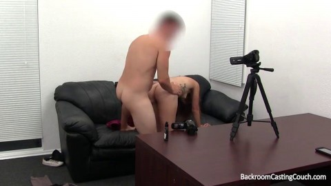 Creampie for Porn Gold Digger
