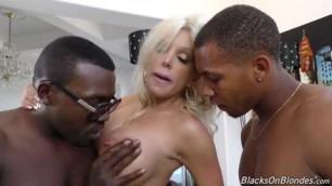 Savannah Stevens 20 10 2015 Facial BJ Big Dick Threesome IR Stockings Gonzo Hardcore All Sex