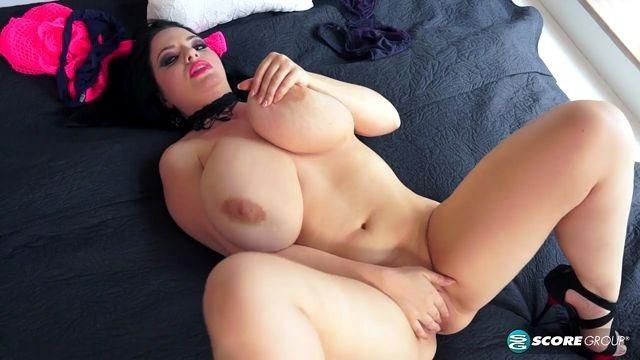 Brunettes Bbw Joanna With Big Natural Tits Masturbation -6153