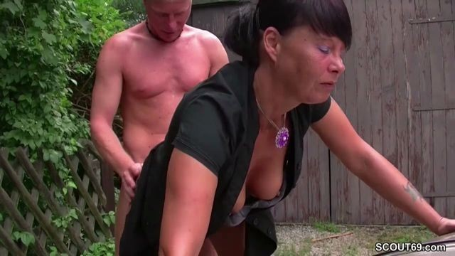 18yr old boy seduce ugly not mother to fuck outdoor 2