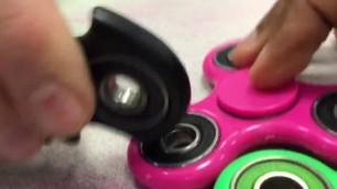Fidget spinner dick