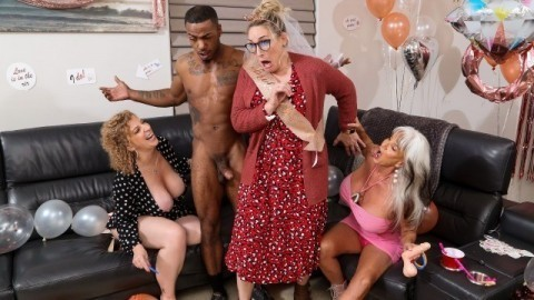 Double Dip On The Magic Stick with Sara Jay and Sally D'Angelo