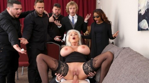 Brazzers - Burying The Dick 10 Inch Deep with Sally D'Angelo