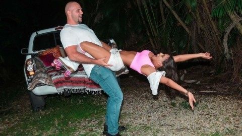 Realty Kings - Luna Star Committed To Nothing But Pleasure