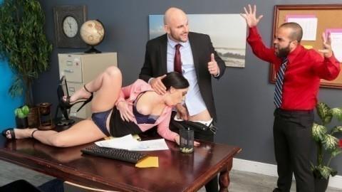 Brazzers - Leila Larocco Getting Her Husband A Raise