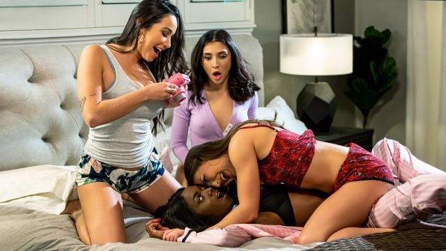 Karlee Gray, Ana Foxxx And Others In Lucky Seven
