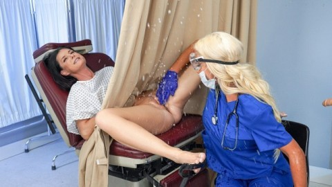 India Summer And Nicolette Shea In Banged by the Brand New Tool