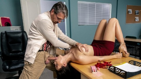 Brazzers - Bella Rolland With Old Male On College Campus