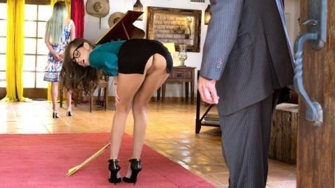 Riley Reid Doesn't Wear Panties
